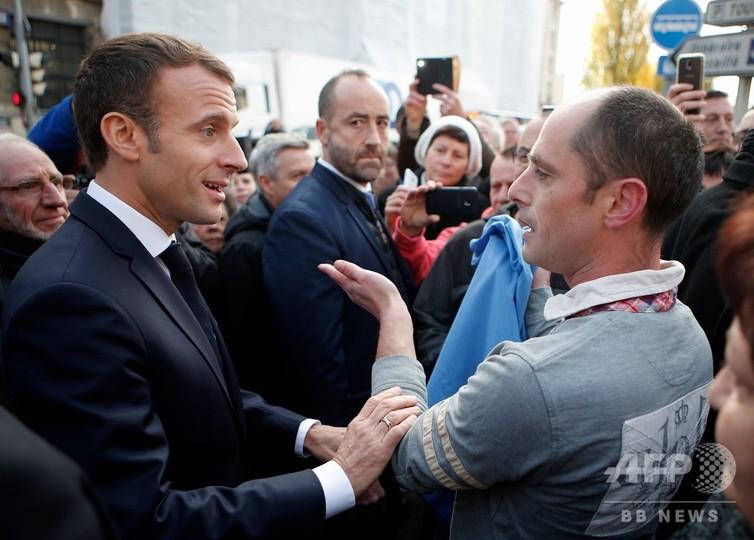仏大統領、ナチス協力の元国家主席を擁護 批判噴出