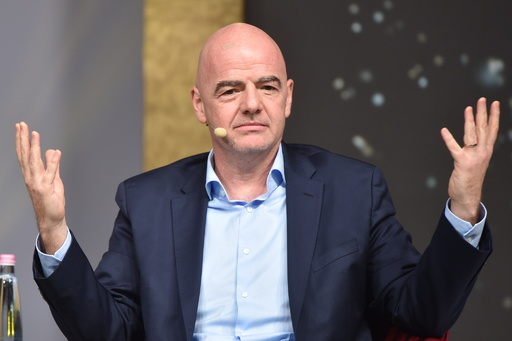 FIFA会長、新型ウイルスによる国際試合延期の可能性を除外せず