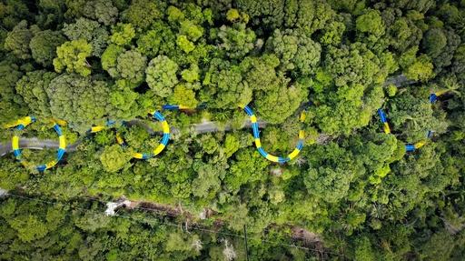 全長1.1キロ! 世界最長のウオータースライダーが登場 マレーシア