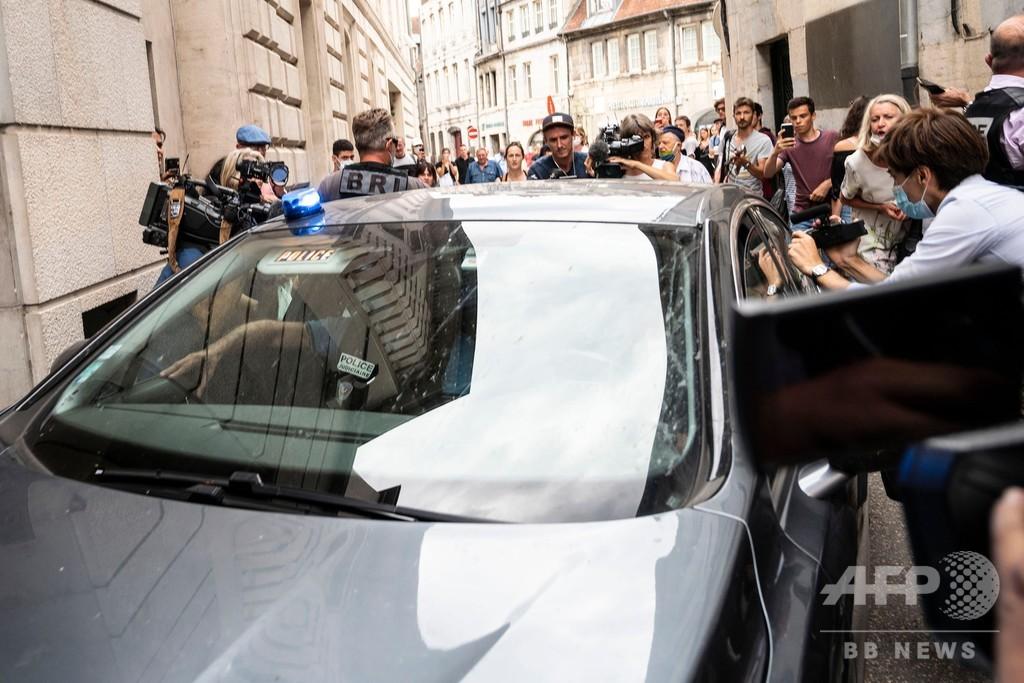 16年の黒崎さん不明事件 チリ人容疑者、仏に到着