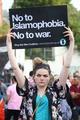 ロンドン車暴走 「ムスリム皆殺し」叫ぶ容疑者、イマームが守る