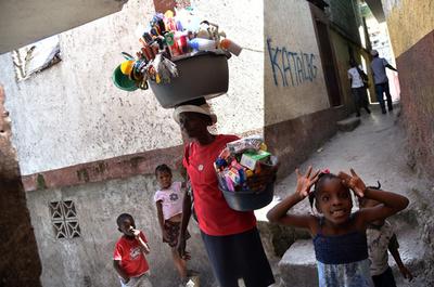 16歳少女を集団暴行、ネットに動画拡散で怒りの声 ハイチ