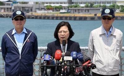 台湾総統「国家の安全守る決意」、中国の実弾演習控え