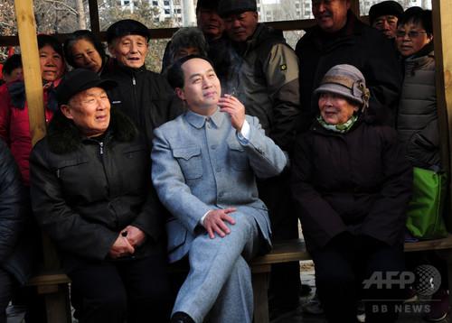 毛沢東のそっくりさん俳優、党宣伝ドラマに大忙し 中国