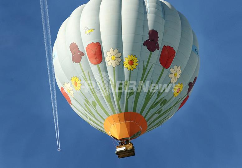 熱気球で太平洋横断中の神田さん、連絡とれず
