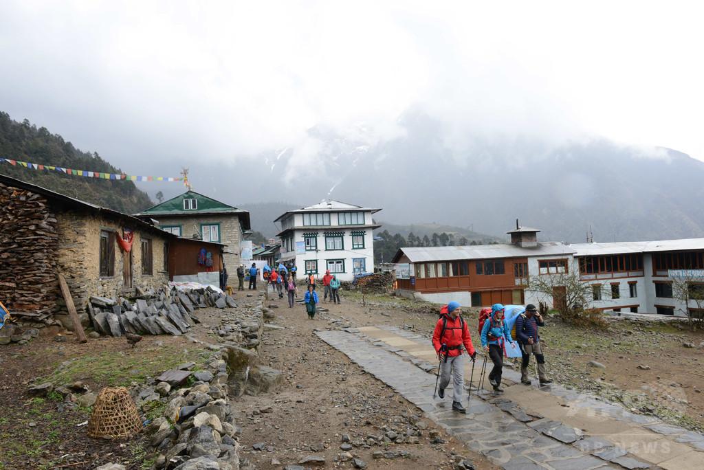 グーグル幹部、エベレストの雪崩で死亡 ネパール地震