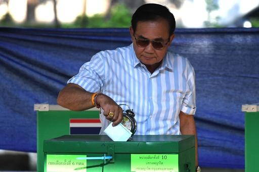 タイ総選挙、投票締め切られる 投票率は推定80%