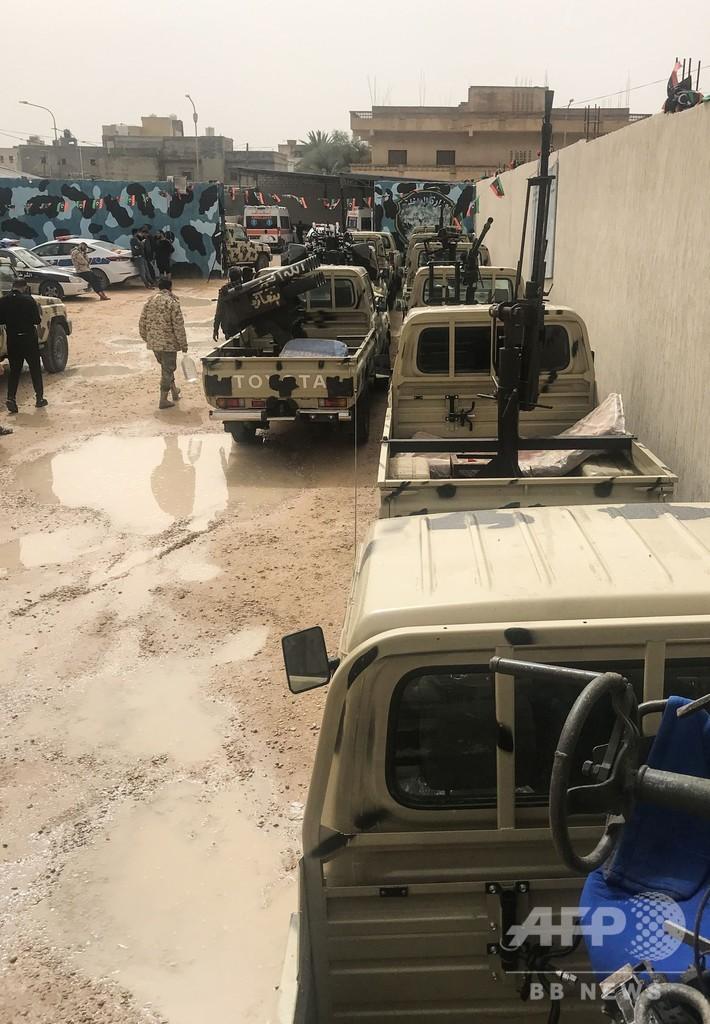 リビア、ハフタル氏の民兵組織が首都南方で政府勢力と衝突