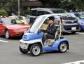 充電30秒で20分、キャパシタだけで走る電気自動車の試作品