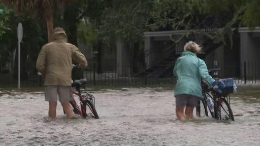 動画:熱帯低気圧「バリー」、勢力弱まるも洪水や竜巻に注意 米ルイジアナ