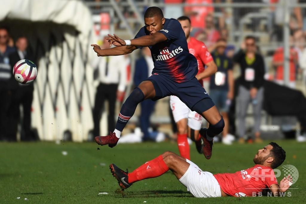 エムバペ、決勝弾のち退場 PSGは開幕4連勝