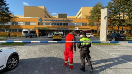 動画:チェコの病院で銃撃 6人死亡、容疑者は自殺