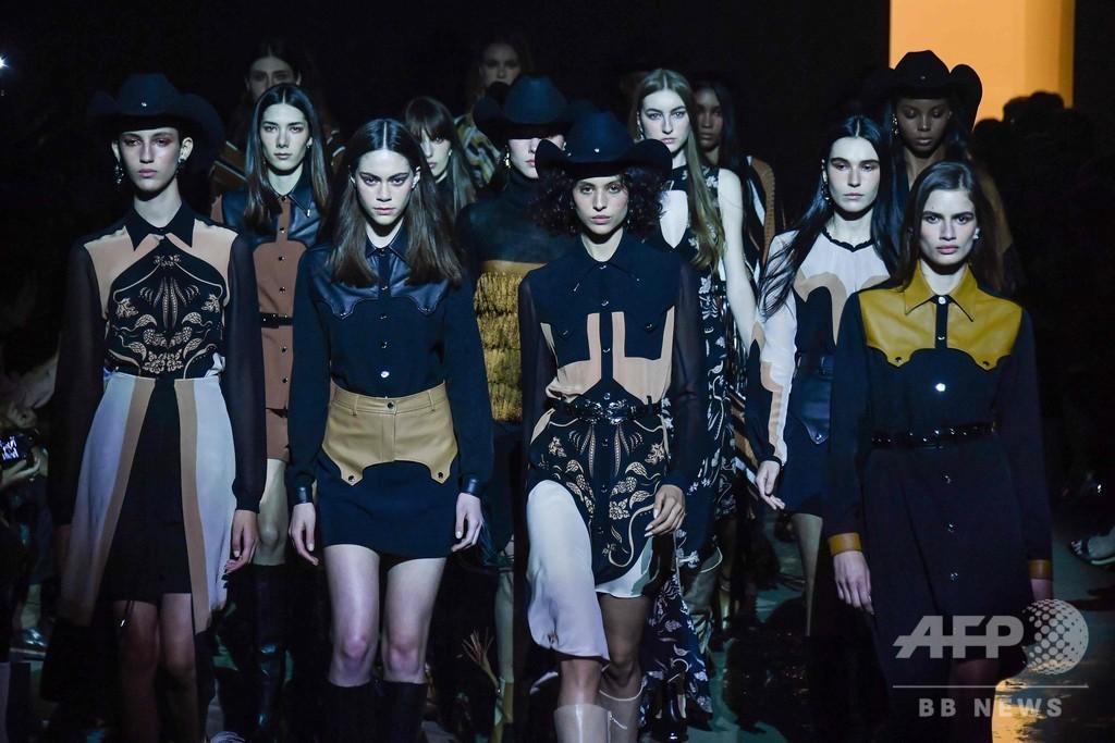 サンパウロ・ファッションウィーク開催、地元デザイナーらが新作