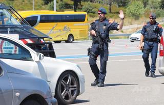 スペインで仏男性が警察に撃たれ負傷、「アラーアクバルと叫んでいた」