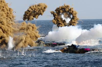 米韓、米朝会談後に無期限で中止していた合同軍事演習を再開