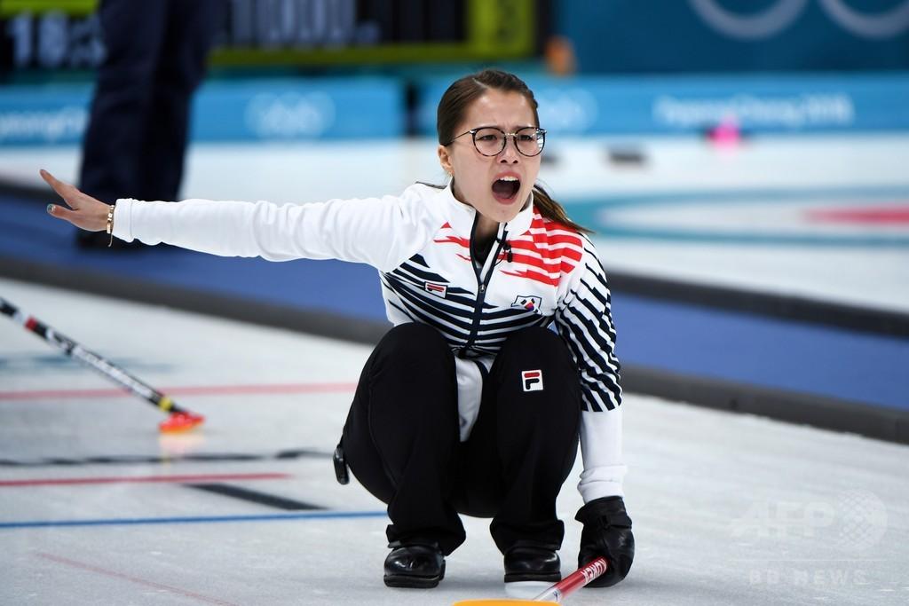 愛称は「ニンニク少女」、注目集めるカーリング女子韓国チーム