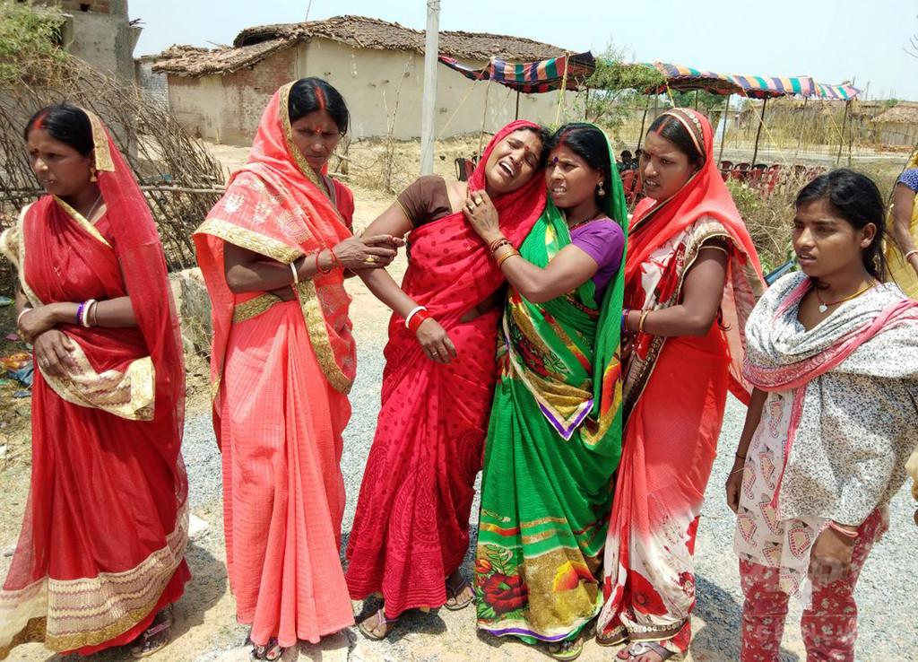 レイプ後に火付けられ少女が死亡、同様の事件1週間で3件目 インド