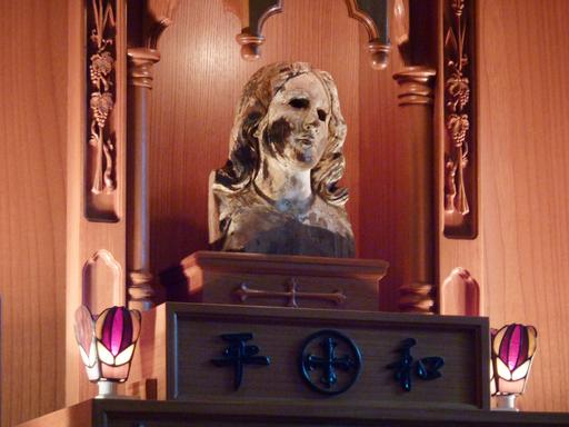 長崎の「被爆マリア像」が平和の象徴に、世界各地を巡礼