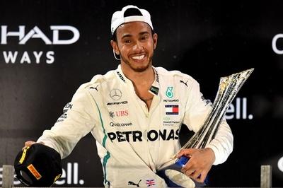年間王者ハミルトンが有終のアブダビGP優勝、アロンソはラストF1で11位
