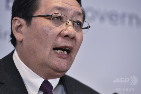 中国財政相、トランプ氏は「非理性的」 米紙インタビュー