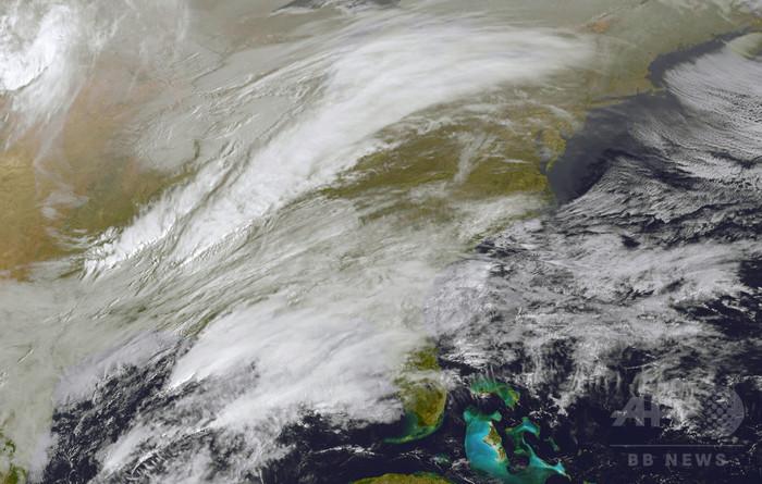 米東海岸に猛吹雪の予報、NYなどが非常事態宣言 首脳会談も延期