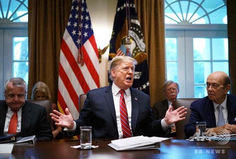 トランプ氏、シリア撤退方針の撤回を否定 米兵200人残留で