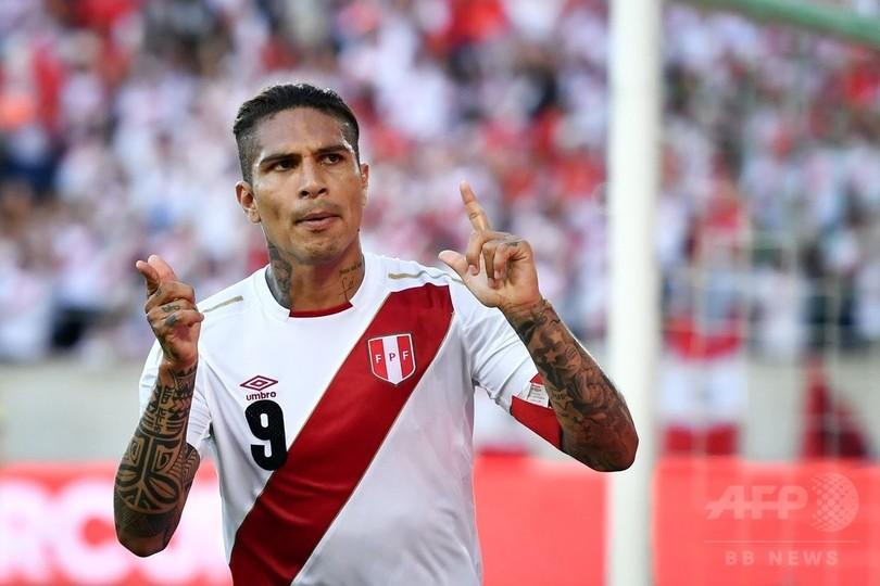 ペルー代表ゲレーロが2得点、W杯出場決定後初の試合で