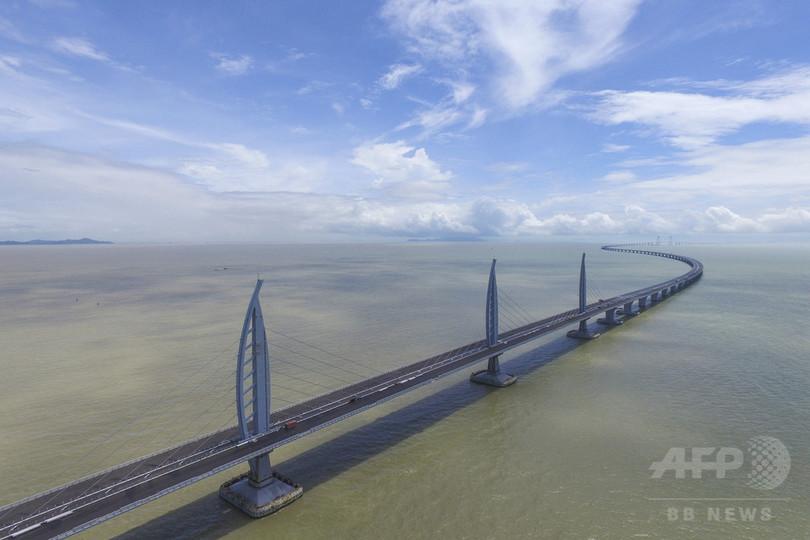中国の「港珠澳大橋」通行料金案...