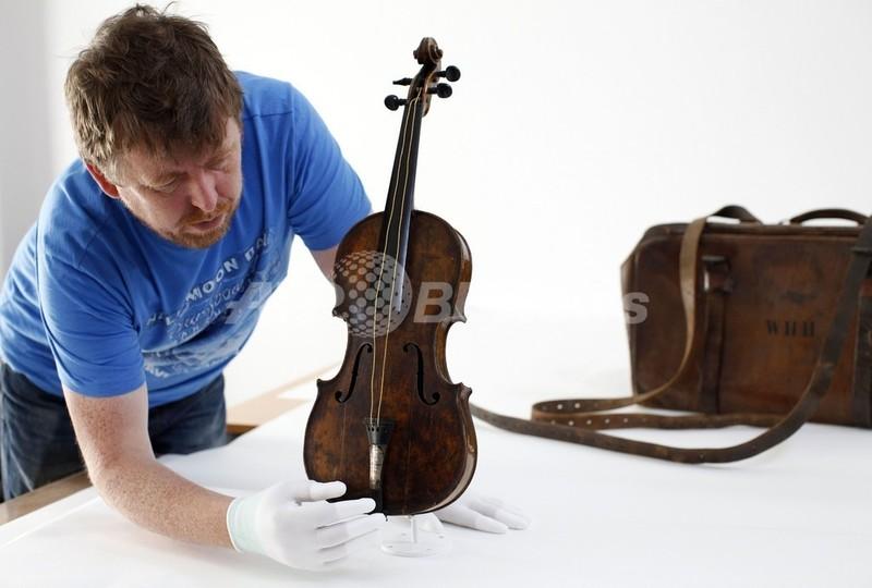 タイタニック号と沈んだバイオリン、博物館で展示へ