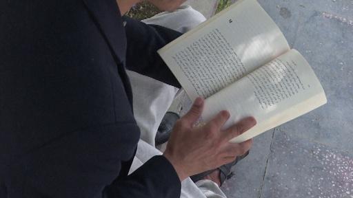 動画:選挙に行った「罰」…タリバンに指を切断された小説家 アフガニスタン