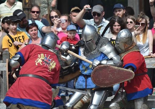 「ゲーム・オブ・スローンズ」さながらの世界、ウクライナで中世の戦い選手権