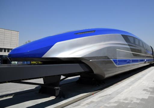 時速600キロのリニア試作車がラインオフ 中国・山東省