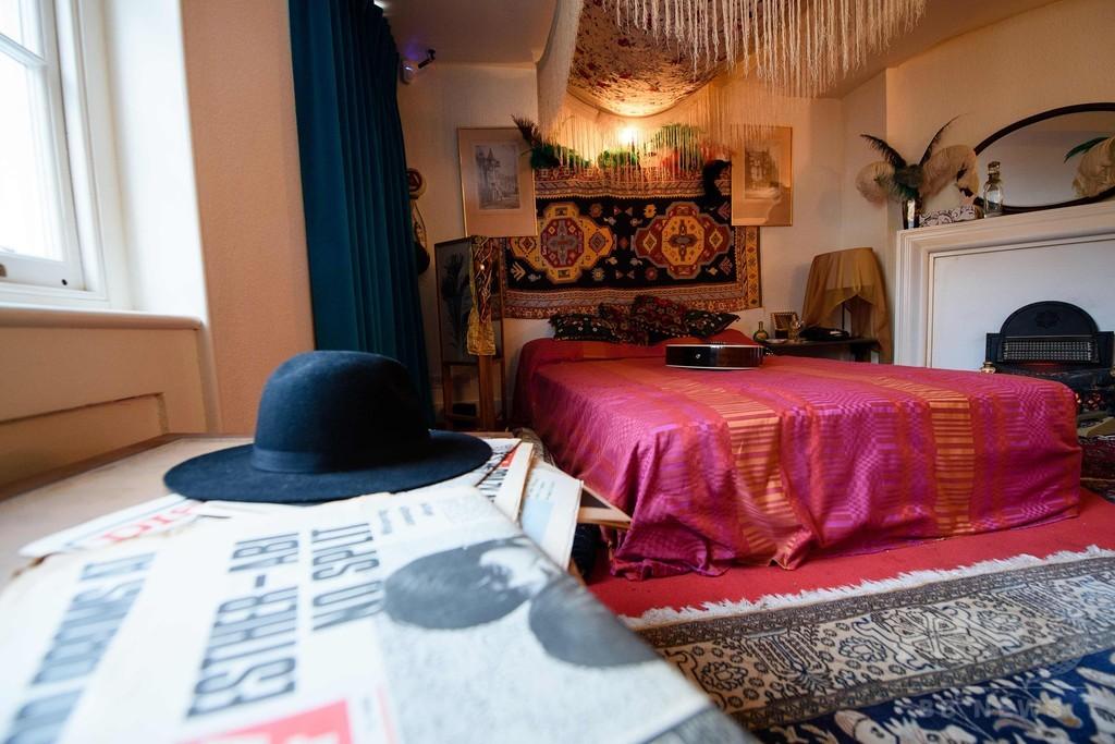 ジミ・ヘンドリックスの元住居公開へ、英ロンドン