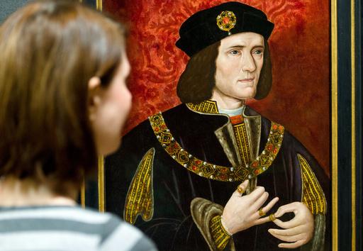 英中部レスターで発見の人骨、リチャード3世と断定