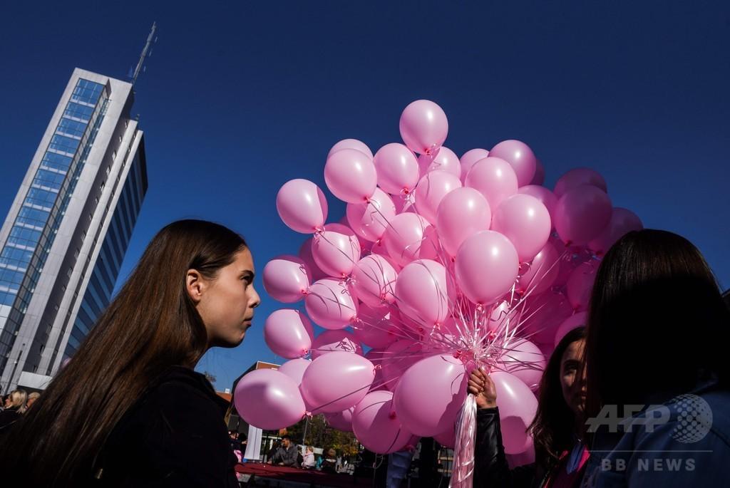 女性のがん死者、2030年までに年間550万人に 報告書