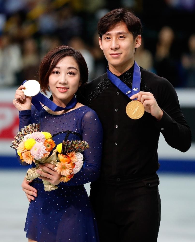 国際ニュース:AFPBB News隋文静、韓聡組が優勝 世界フィギュアペア