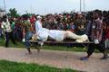 ビル崩壊の原因は「工場の発電機」、バングラデシュ当局