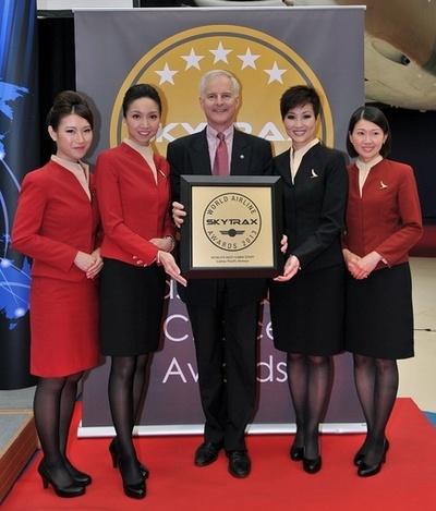 アジアに多い「ベストオブ客室乗務員」、1位はキャセイ航空