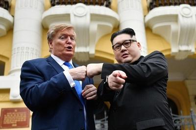 米朝首脳そっくりさん、会談前に一足先にベトナム入り
