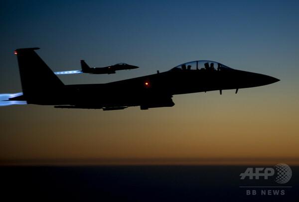 シリア空爆で市民26人死亡、有志連合が実施か