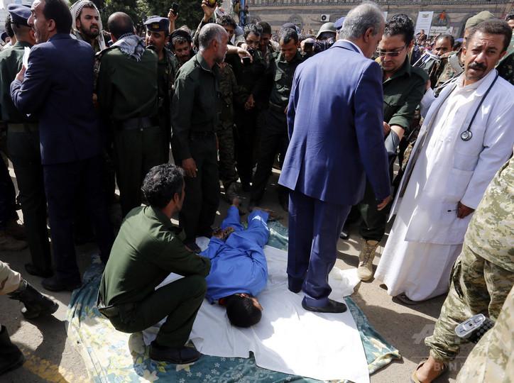 内戦下のイエメン、3歳女児のレイプ殺人で男を公開処刑
