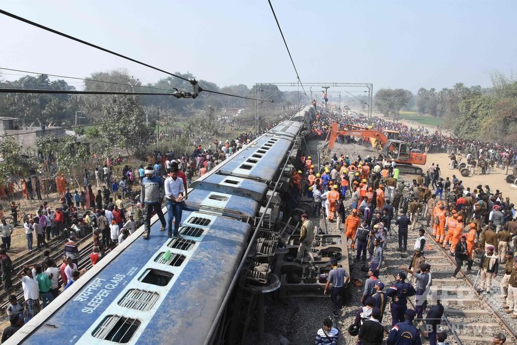 インド東部で急行列車が脱線、6人死亡20人超負傷