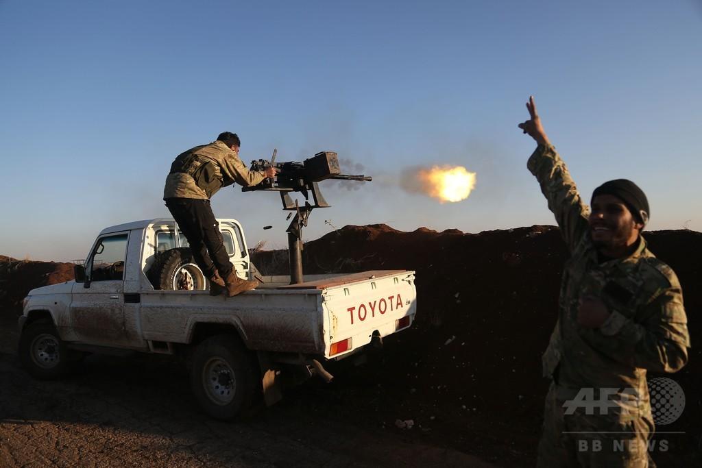 トルコ軍、シリアのクルド民兵支配地域で空爆と地上作戦開始