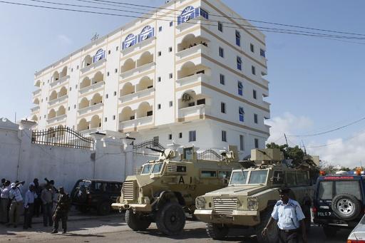 ソマリア首都の高級ホテルで連続爆弾攻撃、8人死亡