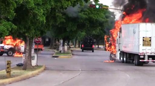 メキシコ、麻薬王の息子取り逃がす 「ずさん」な作戦認める