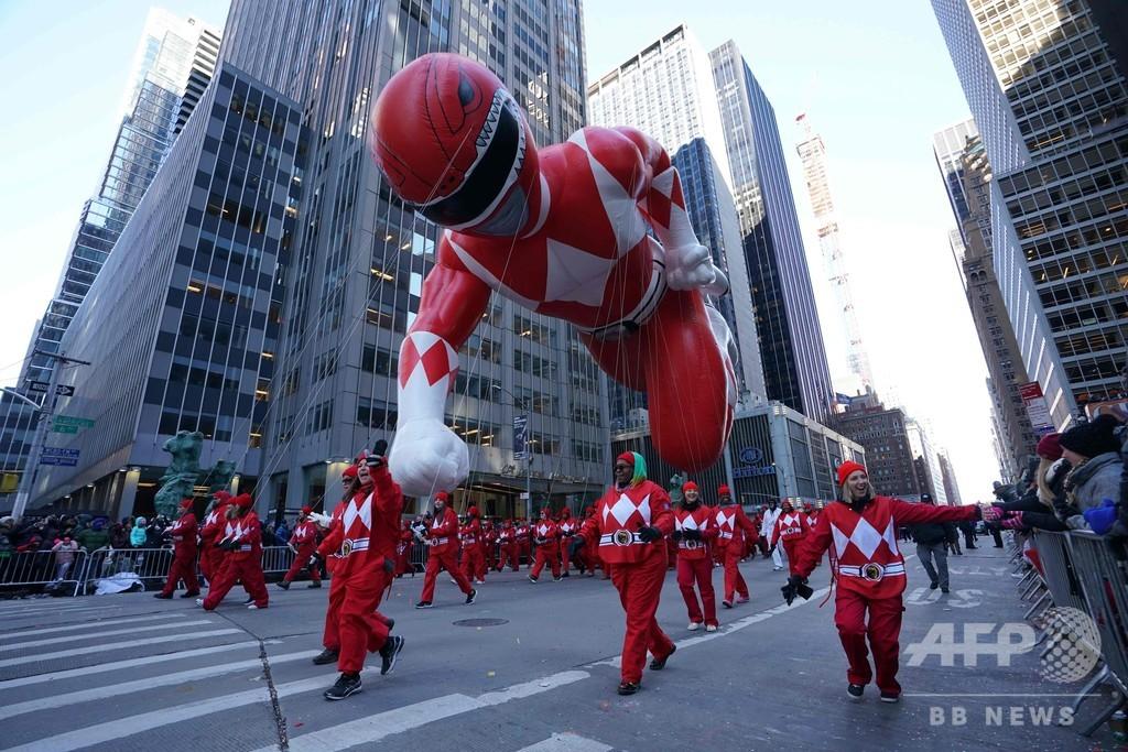 米NY恒例の感謝祭パレード、悟空やピカチュウの姿も
