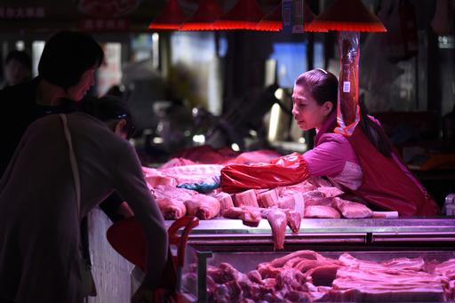 中国、米産大豆・豚肉の「一部」の追加関税除外へ