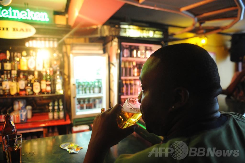 密造酒で80人死亡 失明被害も ケニア