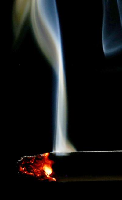 ヒップホップのMV、約半数で喫煙やベーピング 米報告書