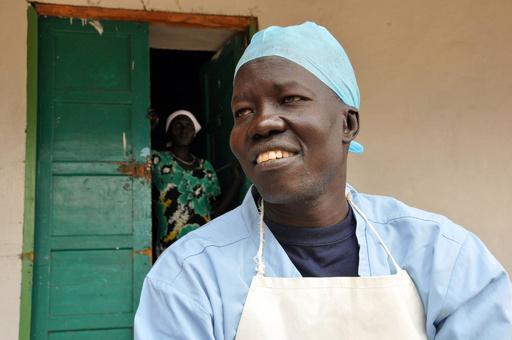 南スーダンの医師にナンセン難民賞 14万人超の避難民に対応